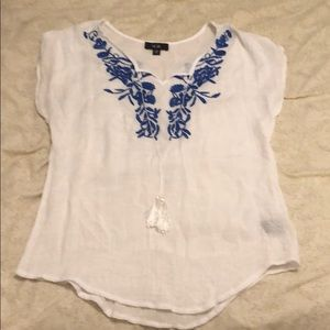 See through white tee with blue crochet